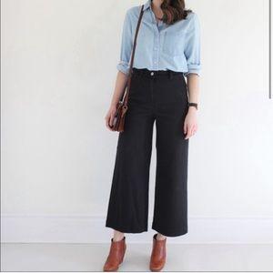 Everlane black wide leg crop pant